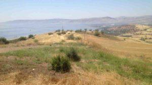 Reise nach Jerusalem: Blick vom Bergland Galiläas auf den See Genesareth